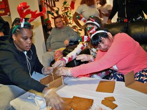 Holidays 2017 Advancing Opportunities